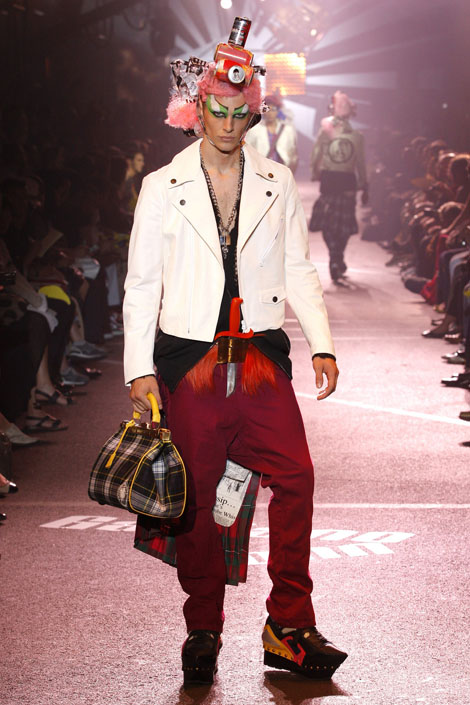 john_galliano_menswear_paris_fashion_week12.jpg