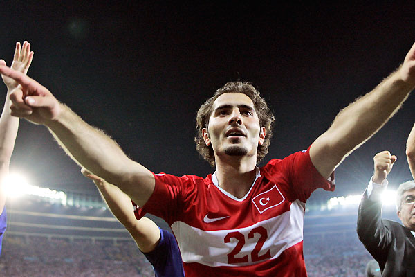 euro2008_allstar_hamit_altintop_turkey.jpg