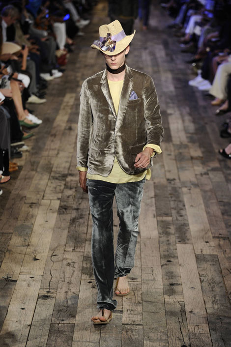 alber_elbaz_paris_mens_fashion_week02.jpg
