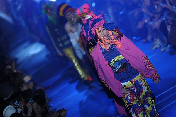 galliano_for_men_paris_fashion_show10.jpg