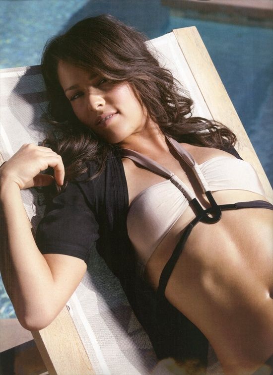 ana_ivanovic_fhm_2008august08.jpg