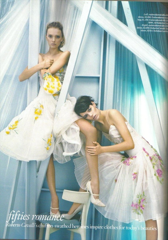 vogue_uk_august2008_lily_and_freja10.jpg