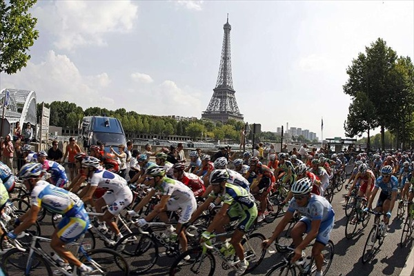 Tour de France 2008 Eiffel Tower