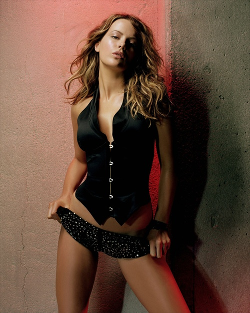 kate_beckinsale_sexy_james_white_photoshoot04.jpg
