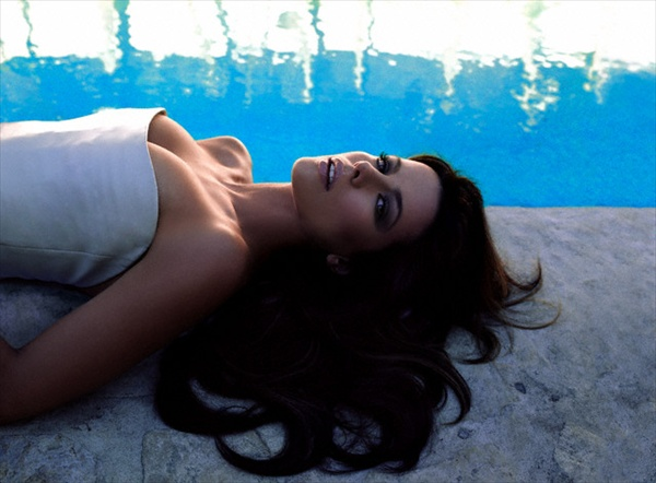 kate_beckinsale_various_photoshoot01.jpg