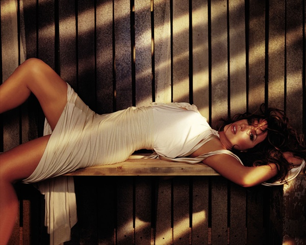 kate_beckinsale_various_photoshoot03.jpg