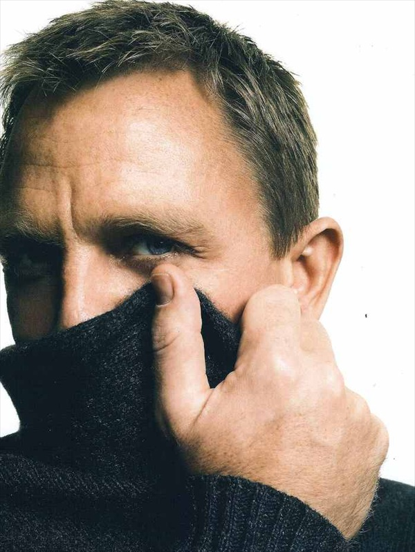 Daniel Craig aka James Bond in Vogue Germany August 2008
