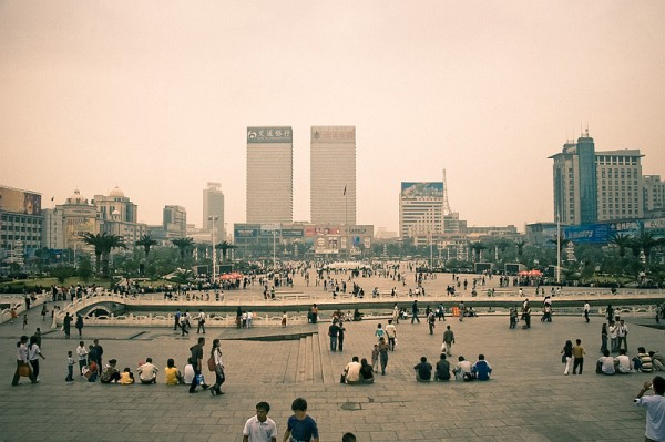 ch_nanchang_central_square2.jpg