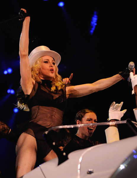 madonna_sticky_sweet_tour19.jpg