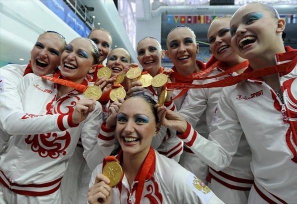 synchronised_swimming_russian_team_gold_medal.jpg