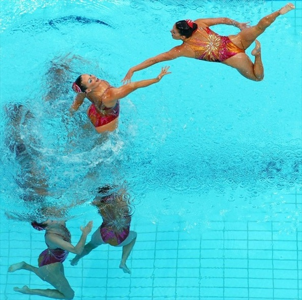 synchronised_swimming_usa_team4.jpg