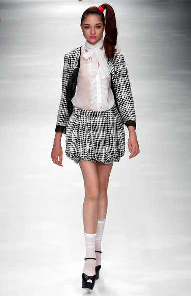 japan_fashion_week_ritsuko_shirahama01.jpg