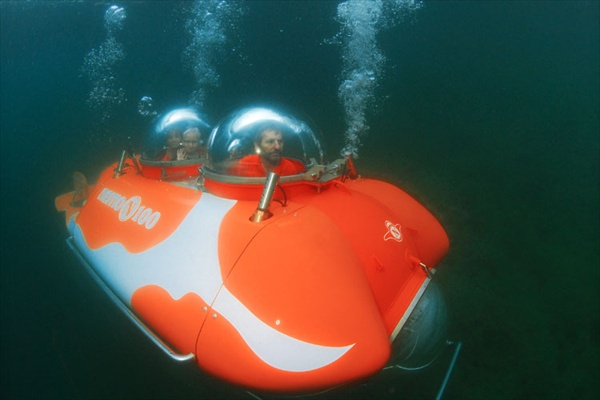 mini submarine nemo 100