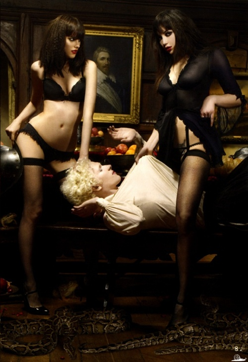 agent_provocateur_editorial_pop_magazine_fall2008_08.jpg