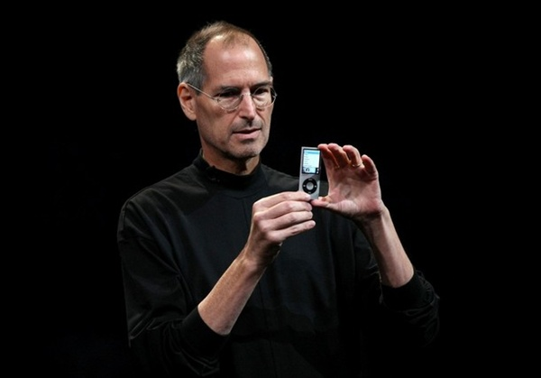 new_ipod_nano_steve_jobs.jpg