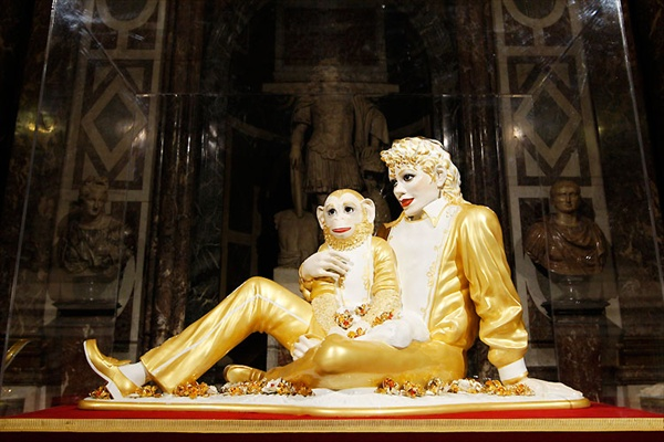 jeff_koons_versailles05_michael_jackson_and_bubbles.jpg