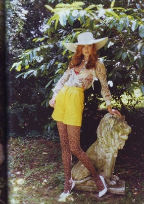 lily_cole_id_magazine_sep2008_03.JPG
