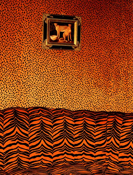 albert_watson01_vip_room_cheetahs_club_las_vegas_1999.jpg