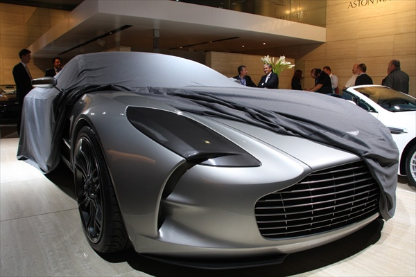 paris_motor_show_aston_martin_one-77.jpg