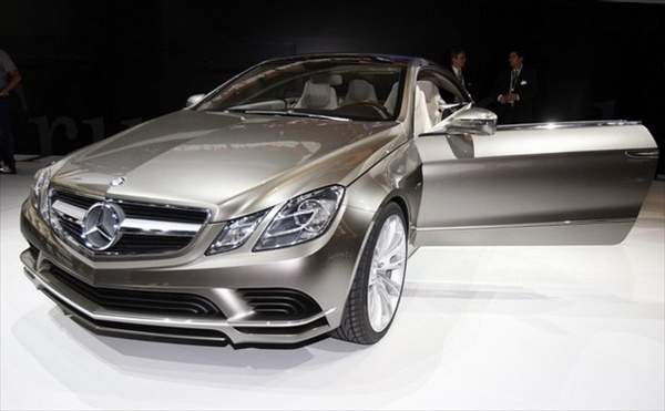 paris_motor_show_mercedes_fascination_concept_car.jpg