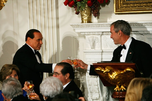 george_bush_silvio_berlusconi03.jpg