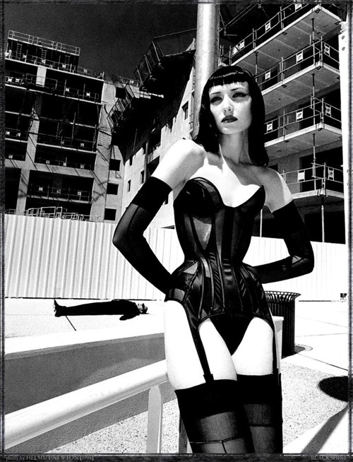 helmut_newton_various_photos18.jpg