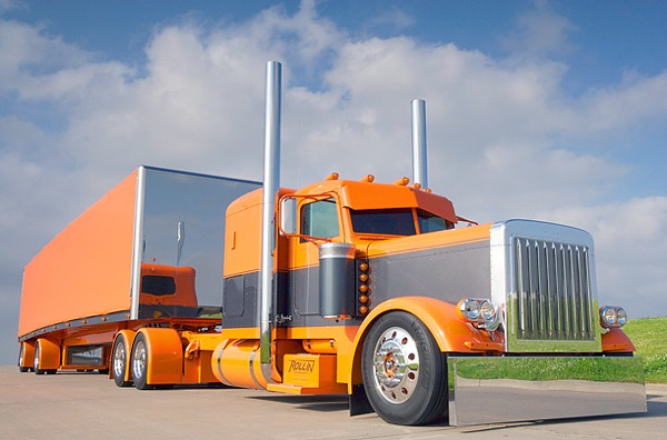 Custom Big Rigs by Roger Snider