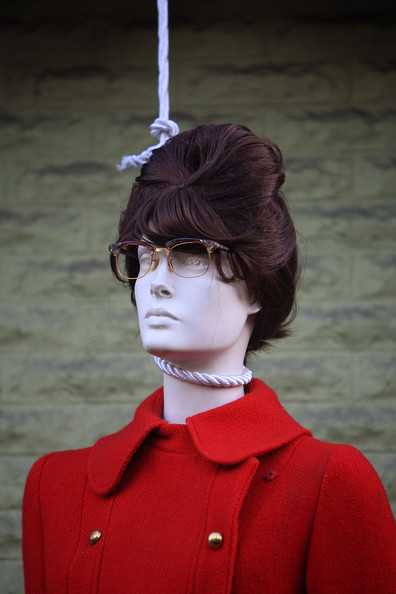 halloween_west_hollywood_sarah_palin_mannequin.jpg