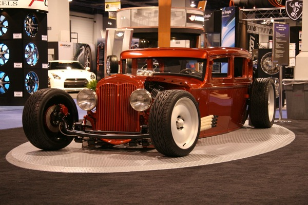 sema_choppin_block_31_studebaker_model_54.jpg