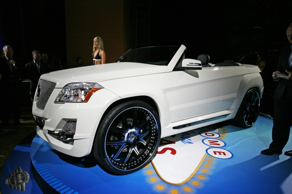 sema_urban_whip_glk_from_boulevard_customs.jpg