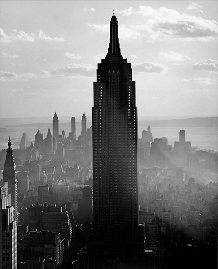 andreas_feininger_empire_state_building_1940.jpg
