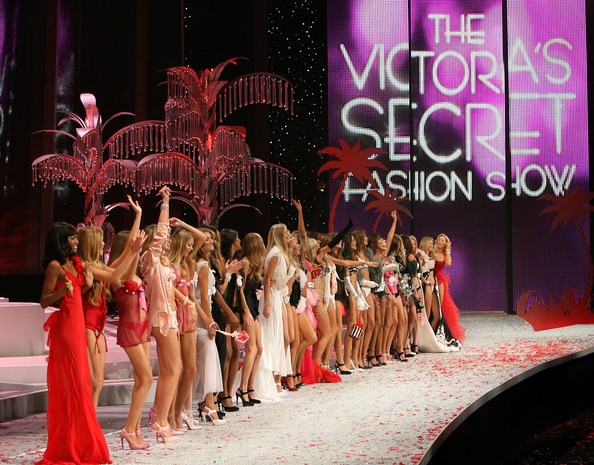 victorias_secret_fashion_show2008_12.jpg