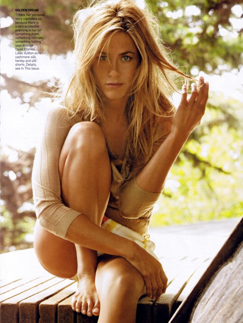 jennifer_aniston_vogue_us_december2008_02.jpg