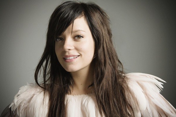 lily_allen_its_not_me_its_you01.jpg