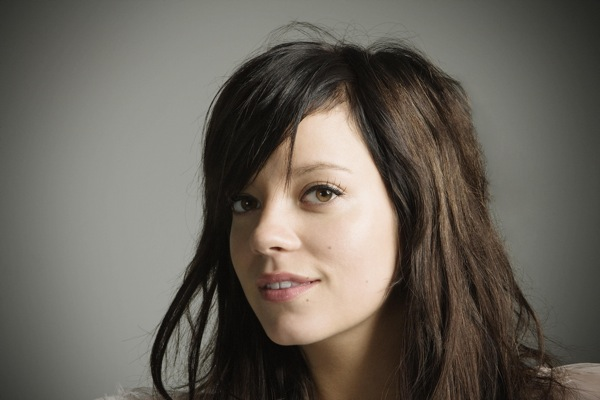 lily_allen_its_not_me_its_you05.jpg