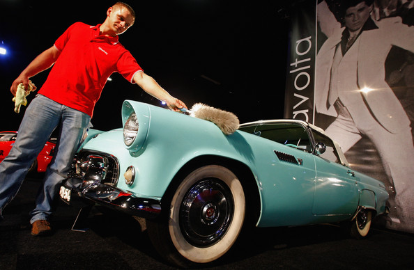 rm_auctions_1955_ford_thunderbird_owned_by_john_travolta2.jpg