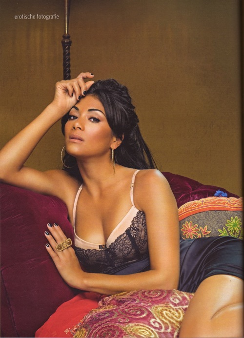nicole_scherzinger_maxim_germany_january_2009_03.jpg
