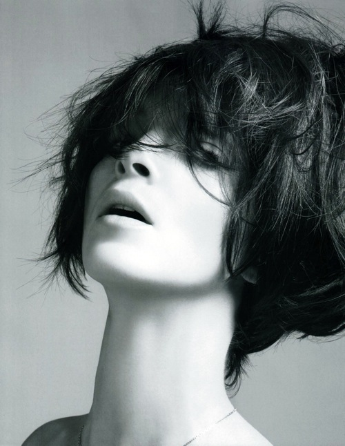 vogue_china_beauty_mariacarla_boscono_by_mario_sorrenti.jpg