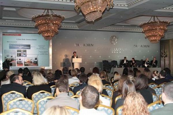Global Luxury Forum25.jpg