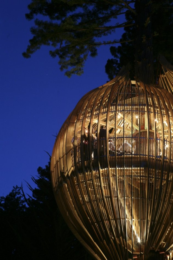 Yellow Treehouse Restaurant10.jpg
