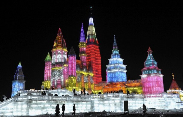 harbin_international_ice_and_snow_festival03.jpg
