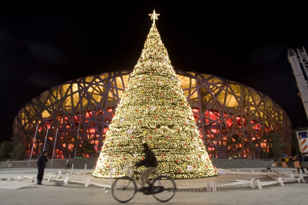 christmas_birds_nest_stadium_beijing.jpg