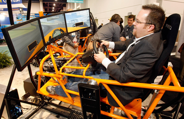 consumer_electronics_show2008_apex_sc320_car_racing_simulator_simcraft.jpg