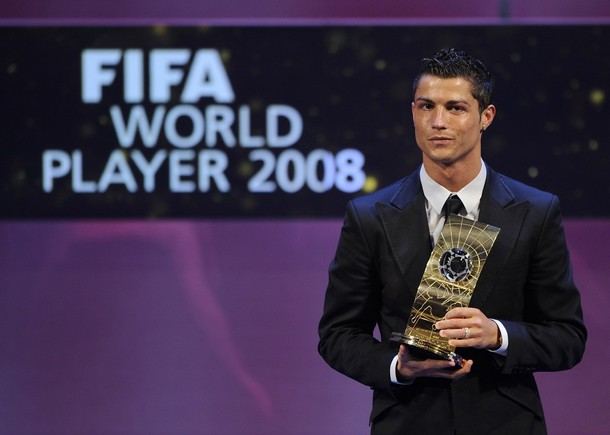 cristiano_ronaldo_fifa_world_player_2009_2.jpg