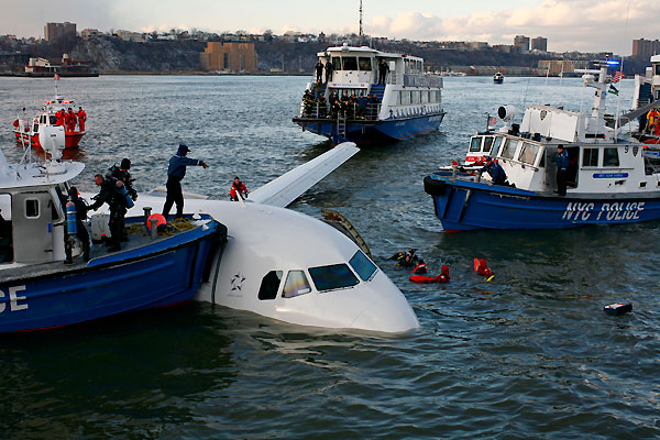 us_airways_river_landing_hudson12.jpg
