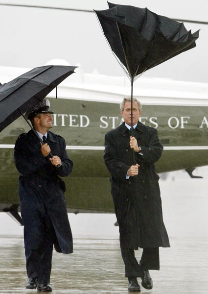 george_w_bush_air_force_base_honolulu_hawaii_november_2006.jpg