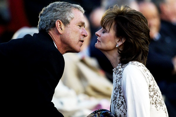 george_w_bush_cherie_blair_300_birthday_st_petersburg.jpg