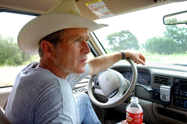 george_w_bush_crawford_texas_vacation.jpg