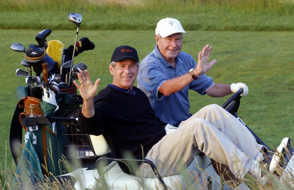 george_w_bush_george_hw_bush_golf_kennebunkport_maine.jpg