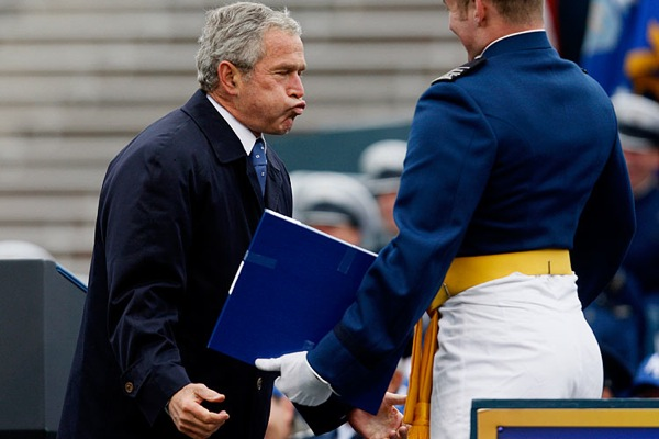 george_w_bush_graduation_ceremony_air_force_academy_may_2008_2.jpg